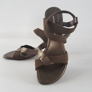 Donald J. Pliner strappy sandals bronze heeels 8